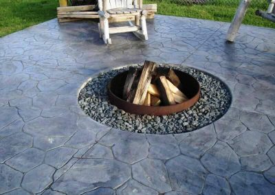 Concrete-Outdoor-Patio-Fire-Pit-Ideas